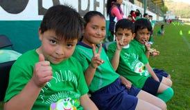 Cztery żartują saluty kamera w wydarzeniu sportowym w Mexico Obraz Royalty Free