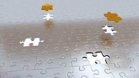 Cztery Białej dziury w łamigłówce Składają podłoga z Dwa Złocistymi kawałkami nad wszystkie inny Obrazy Stock