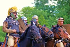 Cztery końskiego jeźdza Zielony drzewa ulistnienia tło Zdjęcie Royalty Free