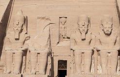 Cztery monumentalnego colossi Ramesses II przy Abu Simbel Obrazy Stock