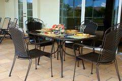cztery plenerowy stół Zdjęcia Royalty Free