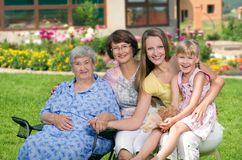Cztery pokolenia kobiety przy wsią Obraz Royalty Free