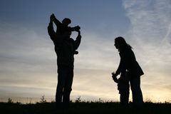 cztery rodziny sylwetka Zdjęcia Royalty Free