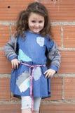 Cztery roku dziewczyny ubierającej jak bezdomny Obrazy Royalty Free
