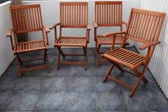Cztery składają drewnianego krzesła Fotografia Royalty Free
