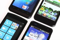 Cztery smartphones Zdjęcia Royalty Free
