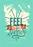Czuje ten lato Lato czasu zwrota grunge typographical plakat retro ilustracyjny wektora Zdjęcie Stock
