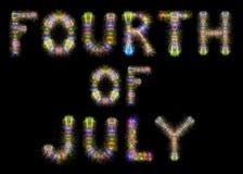 Czwarty Lipów kolorowych iskrzastych fajerwerków horyzontalny czarny niebo Zdjęcia Stock