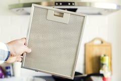 Czyścić aluminiowy siatka filtr dla kuchenka kapiszonu Obrazy Stock