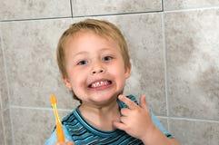 czyścić zęby Zdjęcie Stock