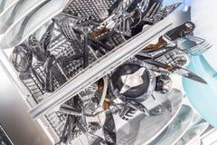 czysty statków zmywarki otwarte Zdjęcie Royalty Free