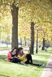 Czytać w naturze jest mój hobby Zdjęcie Stock