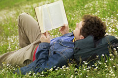 czytanie faceta