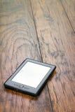 czytelnik Na Drewnianym tle Zdjęcie Stock