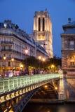 D'Arcole de Pont e Notre Dame Cathedral, Ile de la Menção, Paris Foto de Stock Royalty Free