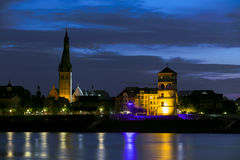 DÃ-¼ sseldorf Palast-Turm und Kirche Sankt Lambertus Stockbild