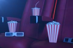 3D例证用玉米花、3d玻璃和椅子,与蓝色光 概念戏院大厅和剧院 在的红色椅子 库存照片