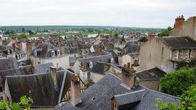 Dächer auf dem Fluss die Loire in Blois Lizenzfreies Stockbild