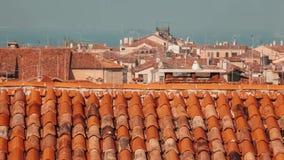Dächer in Venedig-Ansicht von oben stock video