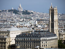 Dächer von Paris Gebäuden lizenzfreie stockfotografie