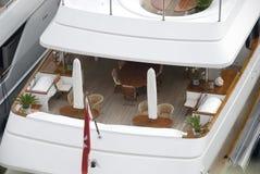 Däck av den privata yachten Royaltyfri Fotografi