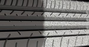 Däckdäckmönster som Morphing för att asfaltera Arkivfoton