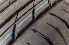 Däckmönstergummihjul och hjul Arkivbilder
