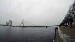 Dämmerung über dem Fluss Daugava stock video footage