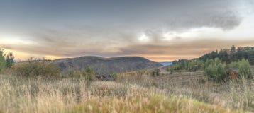 Dämmerung über dem großartigen Tetons von der Frühlings-Nebenfluss-Ranch Jackson lizenzfreies stockbild