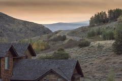 Dämmerung über dem großartigen Tetons von der Frühlings-Nebenfluss-Ranch Jackson stockfotografie