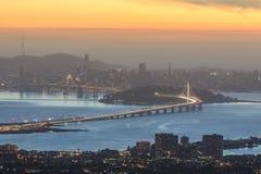 Dämmerung über San Francisco Lizenzfreies Stockfoto