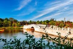 Dämmerung, alte chinesische Architektur in Suzhou stockbilder