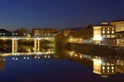 Dämmerung auf dem Fluss der Ebro Stockfotos