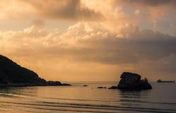 Dämmerung auf dem Meer Stockfotografie
