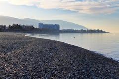 Dämmerung auf der Schwarzmeerküste in Adler, Russland Lizenzfreie Stockfotos
