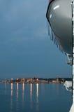 Dämmerung an der Ankunft in Palma-Hafen. Lizenzfreies Stockfoto