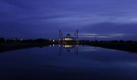 Dämmerung an der zentralen Moschee, Songkhla, Thailand Lizenzfreies Stockbild
