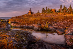 Dämmerung in Insel, Ladoga See, Karelien, Russland Stockfotografie