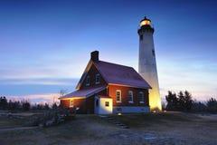 Dämmerung am Tawas-Punkt-Leuchtturm, Ost-Tawas, MI Lizenzfreies Stockfoto
