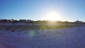 Dämmerungsvogelperspektive des australischen Südstrandes mit der Sonne, die über Adelaide steigt Lizenzfreies Stockbild