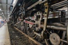 Dämpfen Sie Zug an der Reichsbahn von Thailand 119 Jahre Jahrestag Lizenzfreies Stockfoto