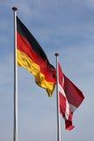 Dänische und deutsche Flagge zusammen Lizenzfreies Stockbild