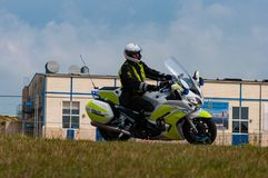Dänischer Motorrad Polizeibeamte stockfotos