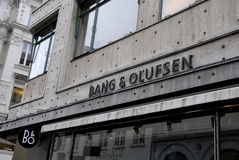 DÄNISCHER SCHUTZMARKE-KNALL U. OLUFSEN Stockfotos