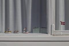 Dänisches Strand-Hütten-Fenster Lizenzfreies Stockfoto