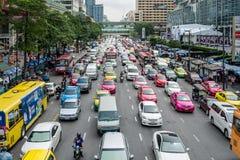 Dålig trafikdag på den centrala världen Arkivbilder