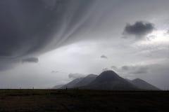 Dåligt väder över landskap i Island royaltyfria foton