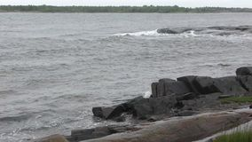 Dåligt väder i det vita havet stock video