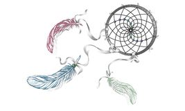 Dé Dreamcatcher adornado exhausto con las plumas, piedras preciosas Wi de la tarjeta Fotos de archivo libres de regalías