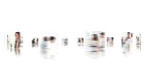 Dé el movimiento en sentido vertical a través de un montaje de los vídeos temáticos del negocio metrajes